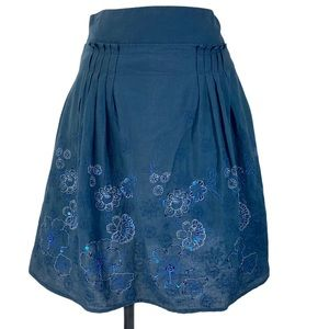 Floral embroidered sequin blue pleated skirt small